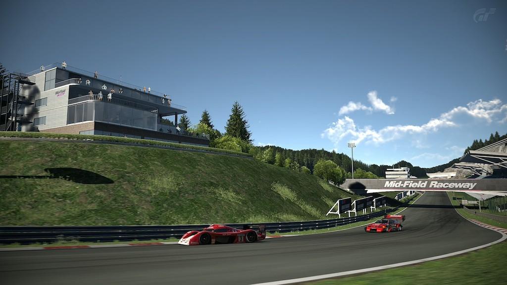 Gran_Turismo_6_Mid-Field_Raceway_08